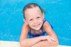 little-girl-swimming